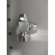 Соединитель тормозных трубок (фитинг) железный с гайкой тройник  8мм