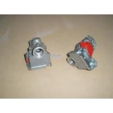 Соединительная головка КРАСНАЯ M22x1.5 с клапаном на тягач